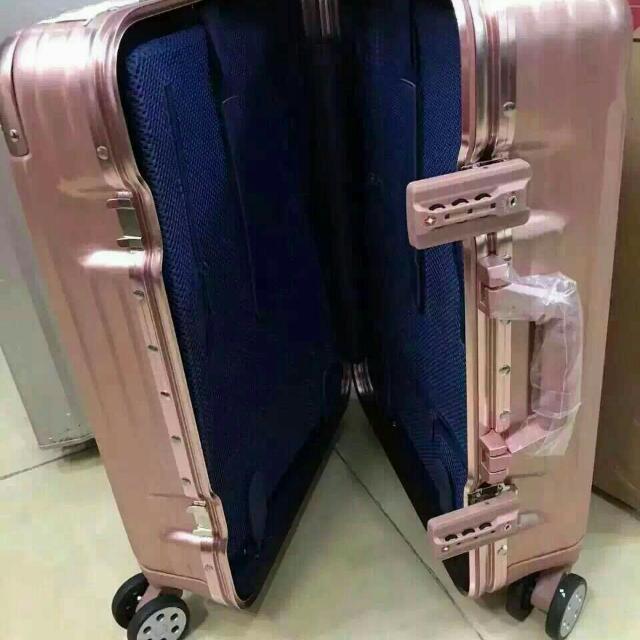 鋁框行李箱