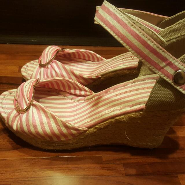 楔形鞋36號
