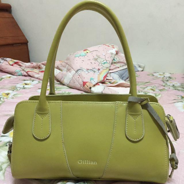 果綠色包包