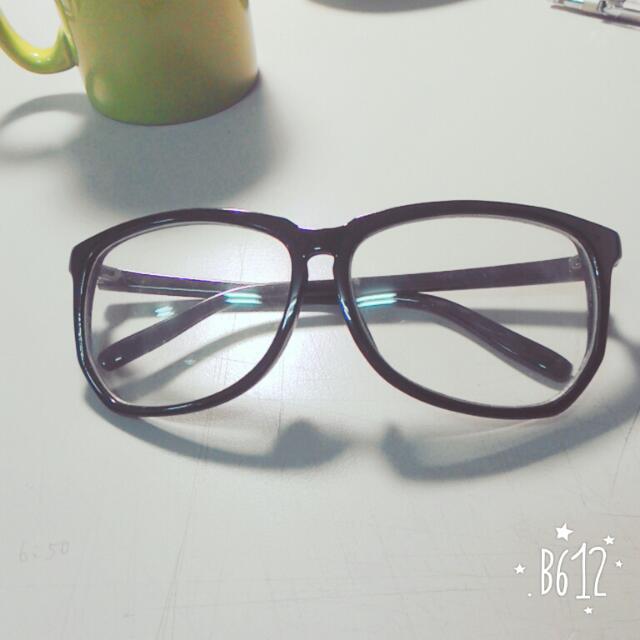 👉 造型眼鏡