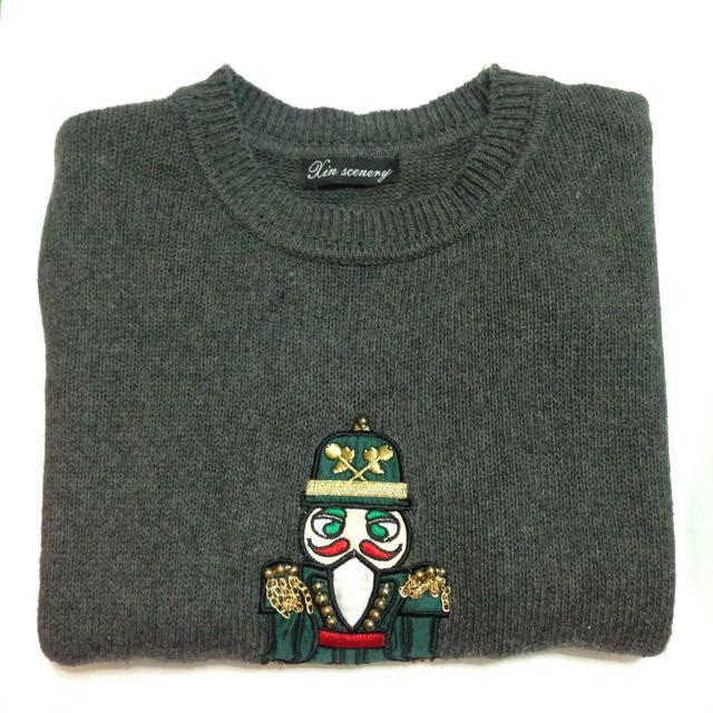 小機器人圖案毛衣