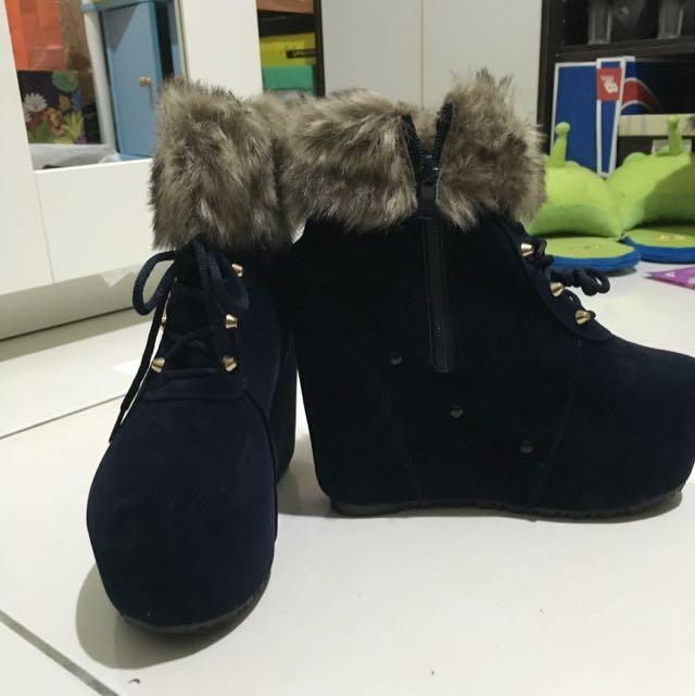 絨布楔型鞋 38號