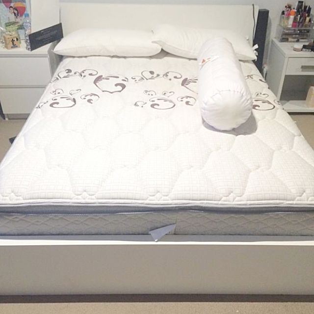 Double Size Mattress (brand: Henley)