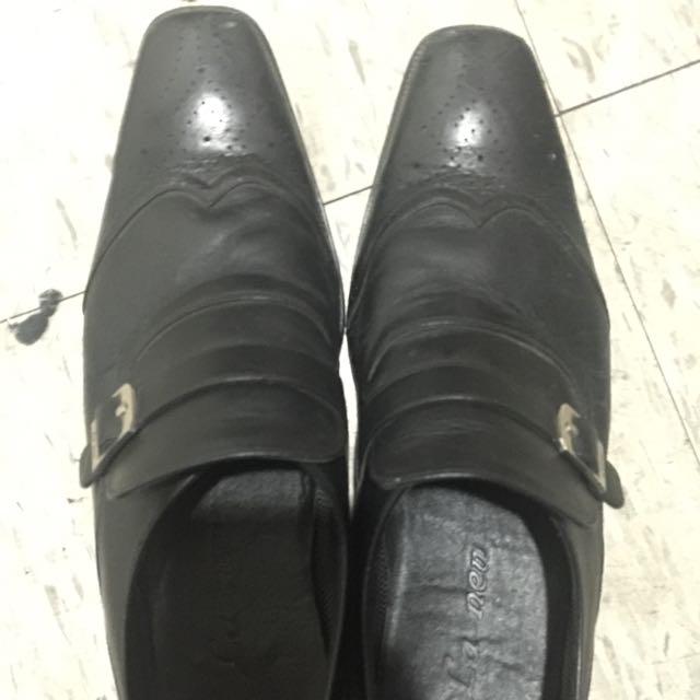 La New男士皮鞋