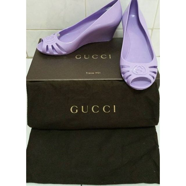 8ebf4cb9a Pre-owned Gucci mid heel wedge sandals (wore only once, still like ...