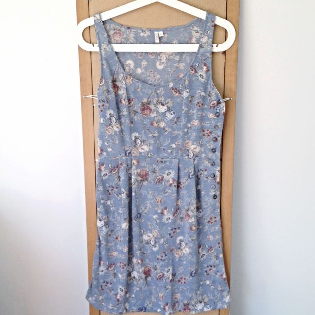 SADIE Vintage Floral Dress with Side Button Detail