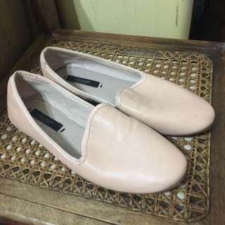 Zara女平底鞋