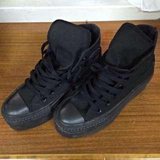 Converse 高筒帆布鞋🆕全黑款
