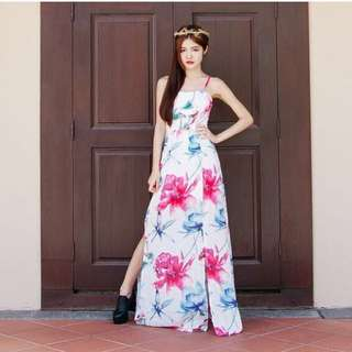 BNIP White Fiction Island Floral Maxi Dress