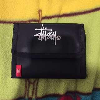 Stussy刺繡皮夾