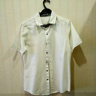 White Short Sleeve Shirt W Contrast Stitching Recoil Size Small