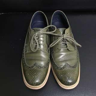 COLE HAAN 牛津雕花鞋 US7.5M