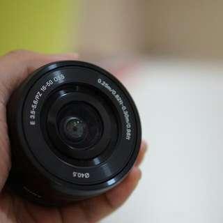 Lensa Sony E 16-50mm F/3.5-5.6 OSS