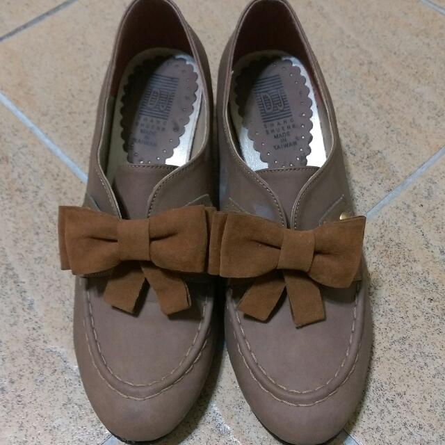 可愛蝴蝶靴