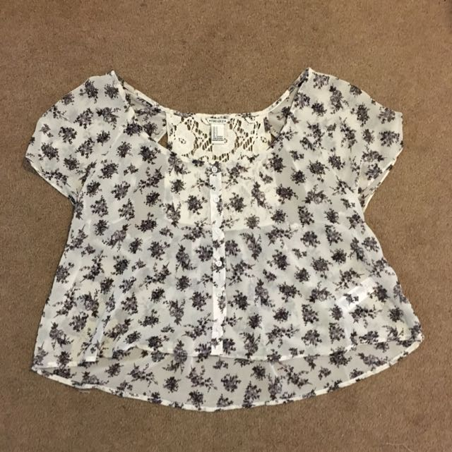 Butterfly Top With Cutouts