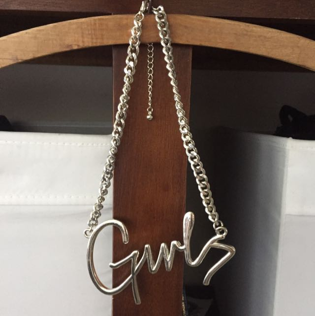 'Girls' Necklace!