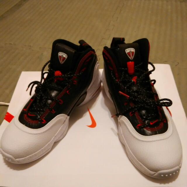 Jordan 的馬吉,pippen 6籃球鞋us8  26cm ;Us9 27cm各一雙