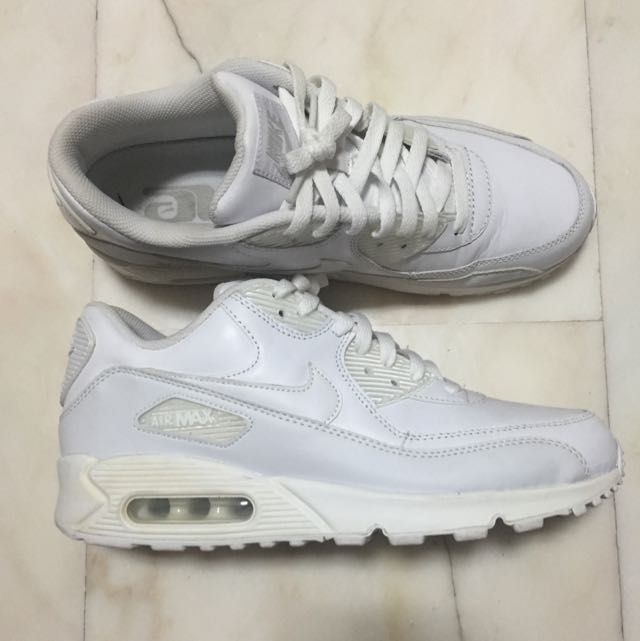 newest e4920 a08cb Nike Air Max 90 Triple White Leather, Sports on Carousell