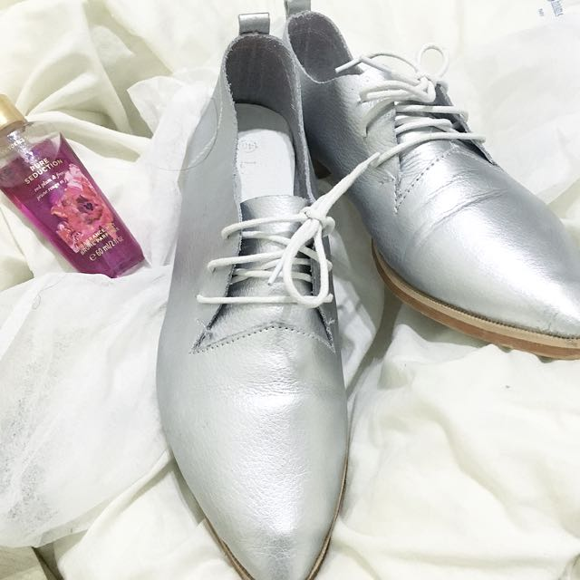 Starmimi 時尚紳士尖頭小銀鞋