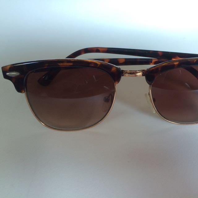 Sunglasses- Retro Vintage Design
