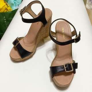 降價!日本購入 One Way 楔型鞋 黑色23.5號穿過2次