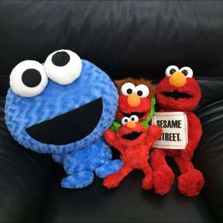 Elmo +餅乾 玩偶😭忍痛割愛