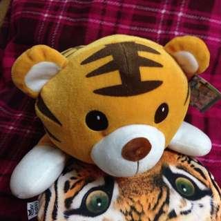 可愛小老虎 抱枕 午睡枕