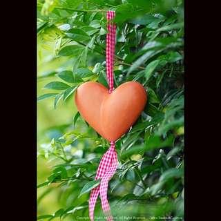 "Exquisite Handcrafted Ceramic ""HeartBead""© Valentine Diffuser"