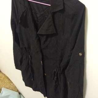 《全新》黑色風衣