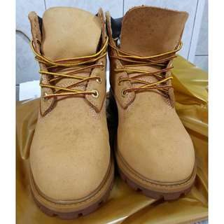 🚚 Timberland 經典 黃靴 女靴 童靴 正品 尺寸4號 22.5
