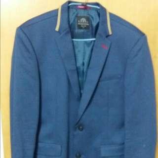 新款土耳其藍西裝外套 台南百貨購入 Xl