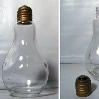 Light bulb bottle
