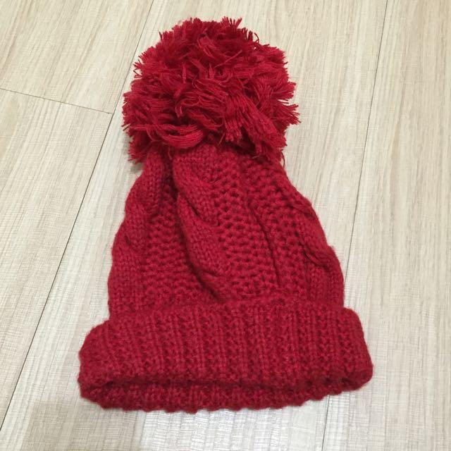 紅色大球針織毛帽