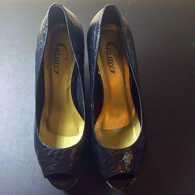 ❗️全新專櫃真皮高根鞋❗️