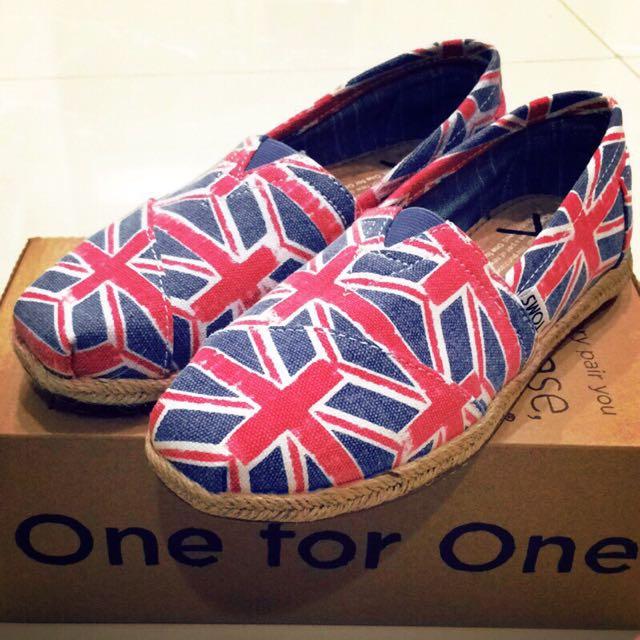 全新 TOMS英國圖鞋