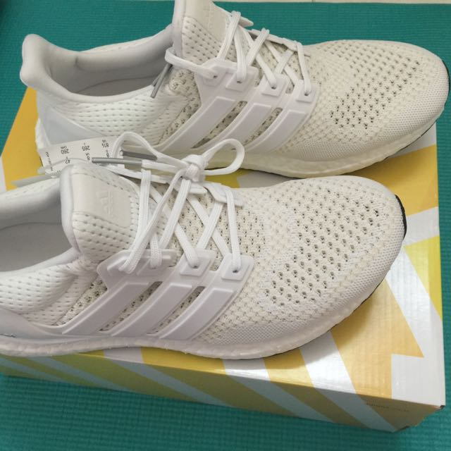 size 40 e38d8 1db43 Adidas Ultra Boots M- White, Men's Fashion on Carousell