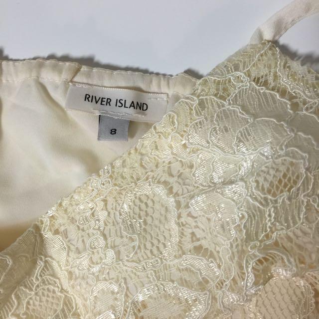 de31b08dc96 River Island Cream Lace Strap Cami Top