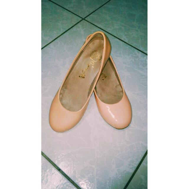 🔸Grace Gift🔸氣質淺粉色亮面漆皮粗跟鞋👠👠