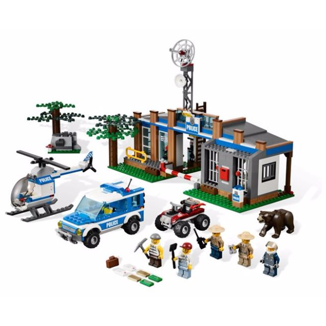Lego City 4440 Forest Police Station Misb Toys Games On Carousell