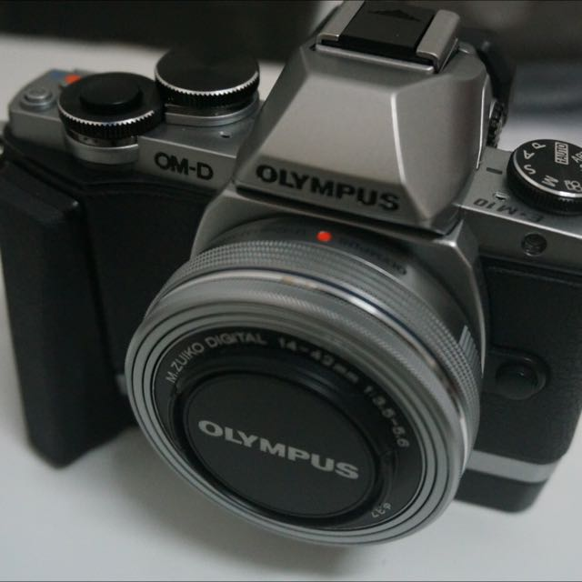 Olympus E-M10 Kit組 含原廠手把
