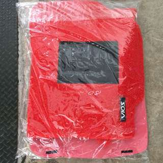 Toyota Vios 2008 - 2012 Model 5 Piece Red Car Mat With Black Heel Pad