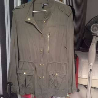 GREEN ARMY PARKA (REDUCED)