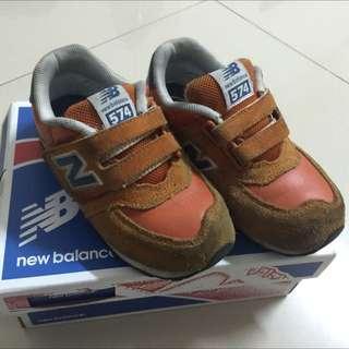 new balance兒童鞋