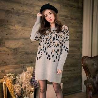 保留中 (新) MIUSTAR 厚磅手感豹紋針織洋裝