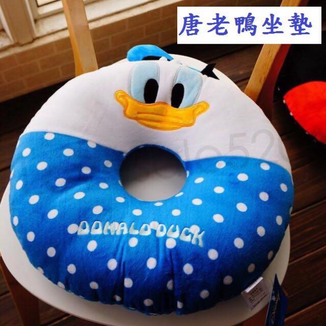 日本迪士尼坐墊~超可愛!可與抱枕配一對喔!