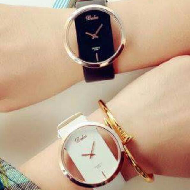 簡約鏤空長方形情侶手錶(免運)