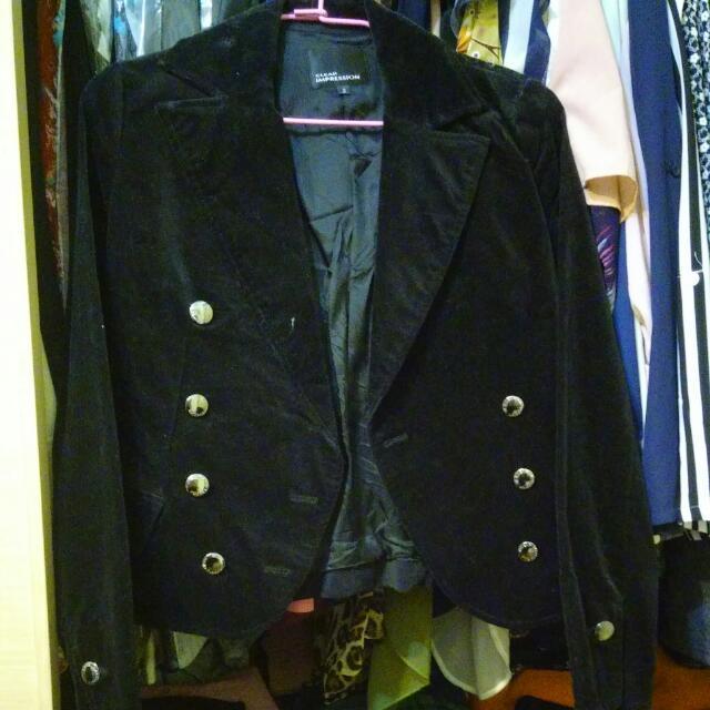 黑色絨小外套