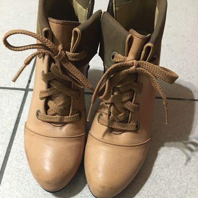 正韓高跟靴子