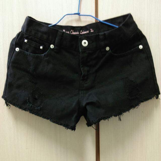 Pazzo黑色刷破短褲