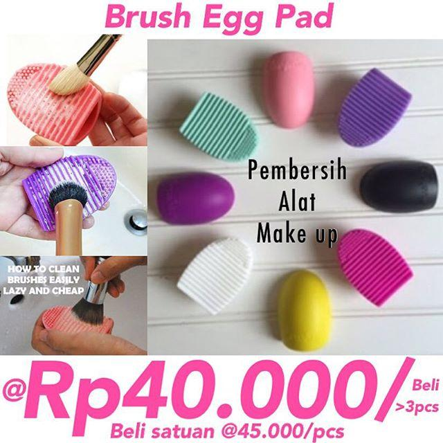 Brush Egg Pad pembersih alat make up
